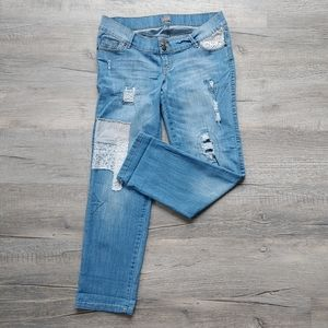 Thyme | distressed jeans